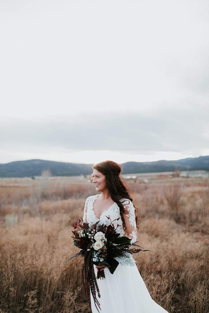 Alicia+lucia+photography+-+albuquerque+wedding+photographer+-+santa+fe+wedding+photography+-+new+mexico+wedding+photographer+-+new+mexico+wedding+-+wedding+florals+-+winter+wedding+-+winter+wedding+florals_0029.jpg