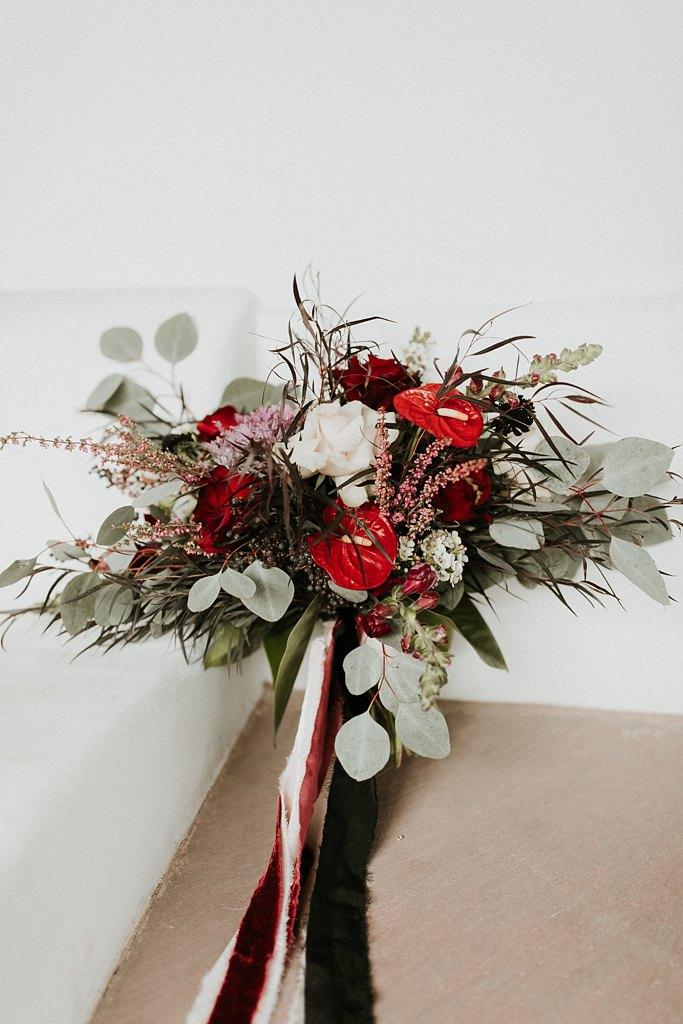 Alicia+lucia+photography+-+albuquerque+wedding+photographer+-+santa+fe+wedding+photography+-+new+mexico+wedding+photographer+-+new+mexico+wedding+-+wedding+florals+-+winter+wedding+-+winter+wedding+florals_0040.jpg