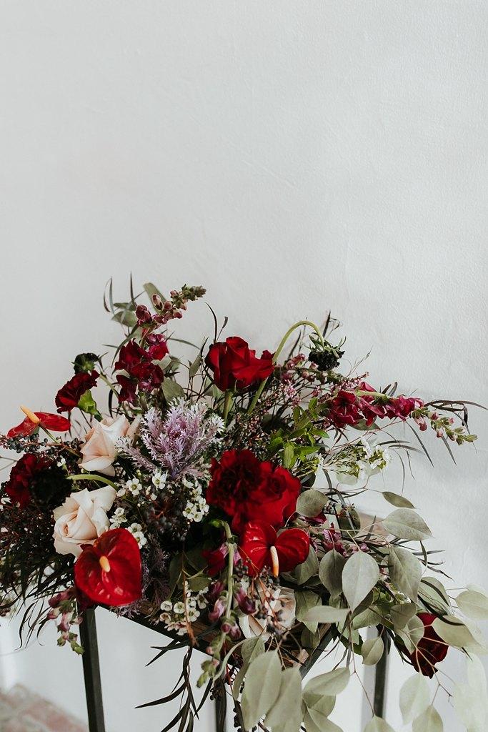 Alicia+lucia+photography+-+albuquerque+wedding+photographer+-+santa+fe+wedding+photography+-+new+mexico+wedding+photographer+-+new+mexico+wedding+-+wedding+florals+-+winter+wedding+-+winter+wedding+florals_0044.jpg