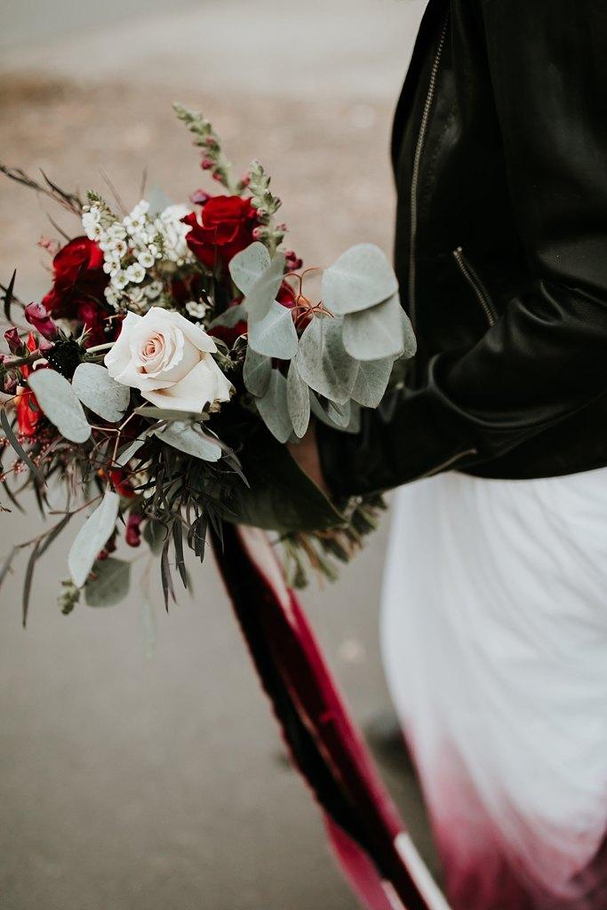 Alicia+lucia+photography+-+albuquerque+wedding+photographer+-+santa+fe+wedding+photography+-+new+mexico+wedding+photographer+-+new+mexico+wedding+-+wedding+florals+-+winter+wedding+-+winter+wedding+florals_0048.jpg