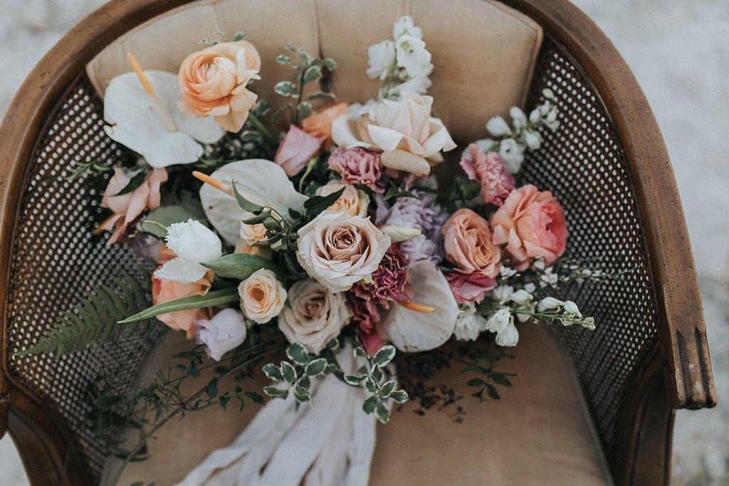 Alicia+lucia+photography+-+albuquerque+wedding+photographer+-+santa+fe+wedding+photography+-+new+mexico+wedding+photographer+-+new+mexico+wedding+-+wedding+florals+-+winter+wedding+-+winter+wedding+florals_0054.jpg
