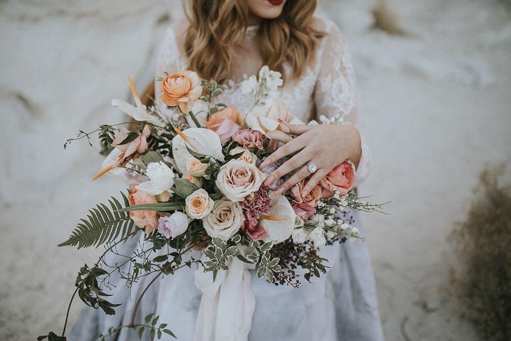 Alicia+lucia+photography+-+albuquerque+wedding+photographer+-+santa+fe+wedding+photography+-+new+mexico+wedding+photographer+-+new+mexico+wedding+-+wedding+florals+-+winter+wedding+-+winter+wedding+florals_0057.jpg