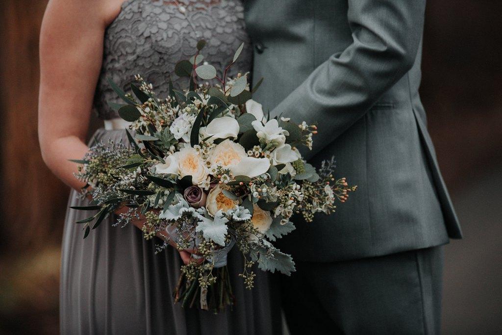 Alicia+lucia+photography+-+albuquerque+wedding+photographer+-+santa+fe+wedding+photography+-+new+mexico+wedding+photographer+-+new+mexico+wedding+-+wedding+florals+-+winter+wedding+-+winter+wedding+florals_0058.jpg