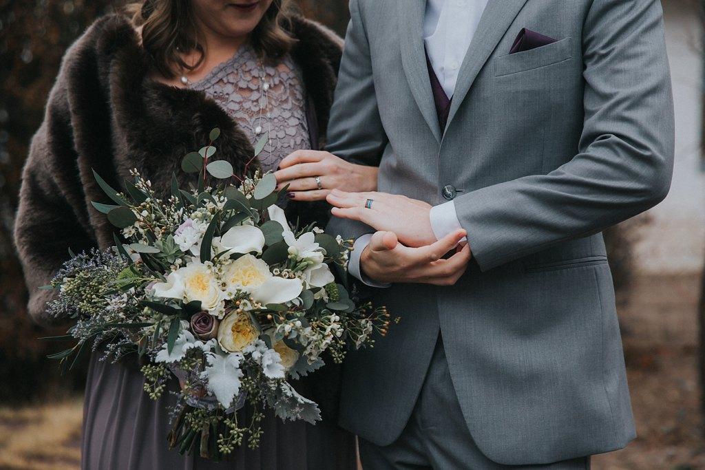 Alicia+lucia+photography+-+albuquerque+wedding+photographer+-+santa+fe+wedding+photography+-+new+mexico+wedding+photographer+-+new+mexico+wedding+-+wedding+florals+-+winter+wedding+-+winter+wedding+florals_0062.jpg