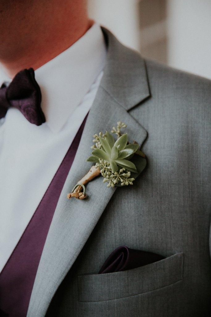 Alicia+lucia+photography+-+albuquerque+wedding+photographer+-+santa+fe+wedding+photography+-+new+mexico+wedding+photographer+-+new+mexico+wedding+-+wedding+florals+-+winter+wedding+-+winter+wedding+florals_0064.jpg