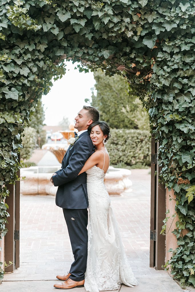 Alicia+lucia+photography+-+albuquerque+wedding+photographer+-+santa+fe+wedding+photography+-+new+mexico+wedding+photographer+-+new+mexico+wedding+-+wedding+party+-+big+wedding+-+wedding+inspo_0014.jpg