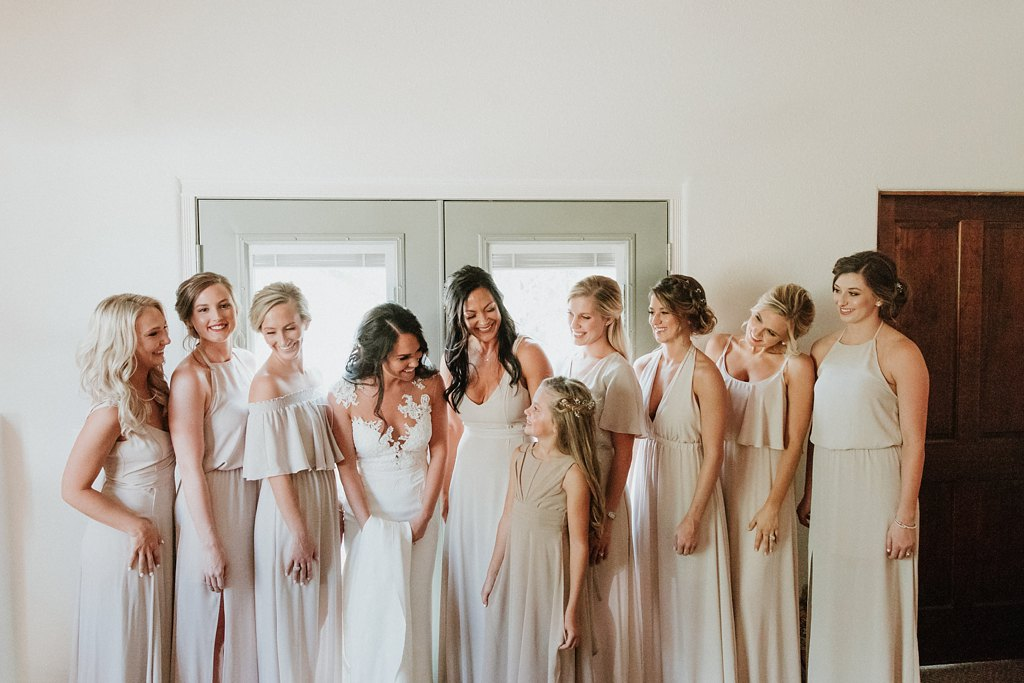 Alicia+lucia+photography+-+albuquerque+wedding+photographer+-+santa+fe+wedding+photography+-+new+mexico+wedding+photographer+-+new+mexico+wedding+-+wedding+party+-+big+wedding+-+wedding+inspo_0026.jpg