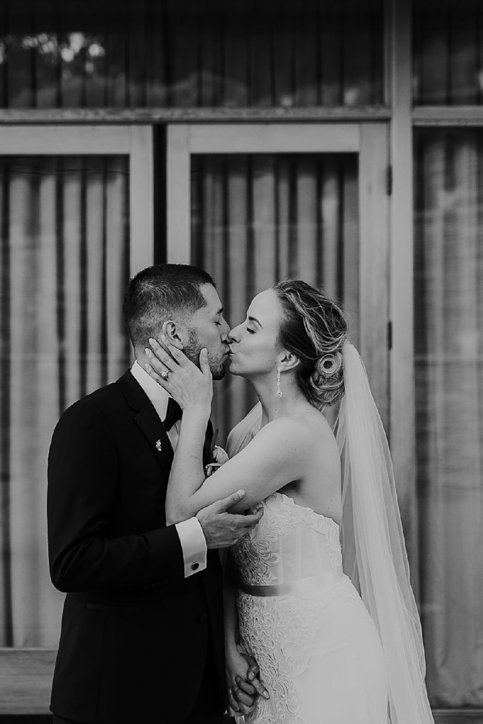 Alicia+lucia+photography+-+albuquerque+wedding+photographer+-+santa+fe+wedding+photography+-+new+mexico+wedding+photographer+-+new+mexico+wedding+-+wedding+party+-+big+wedding+-+wedding+inspo_0039.jpg