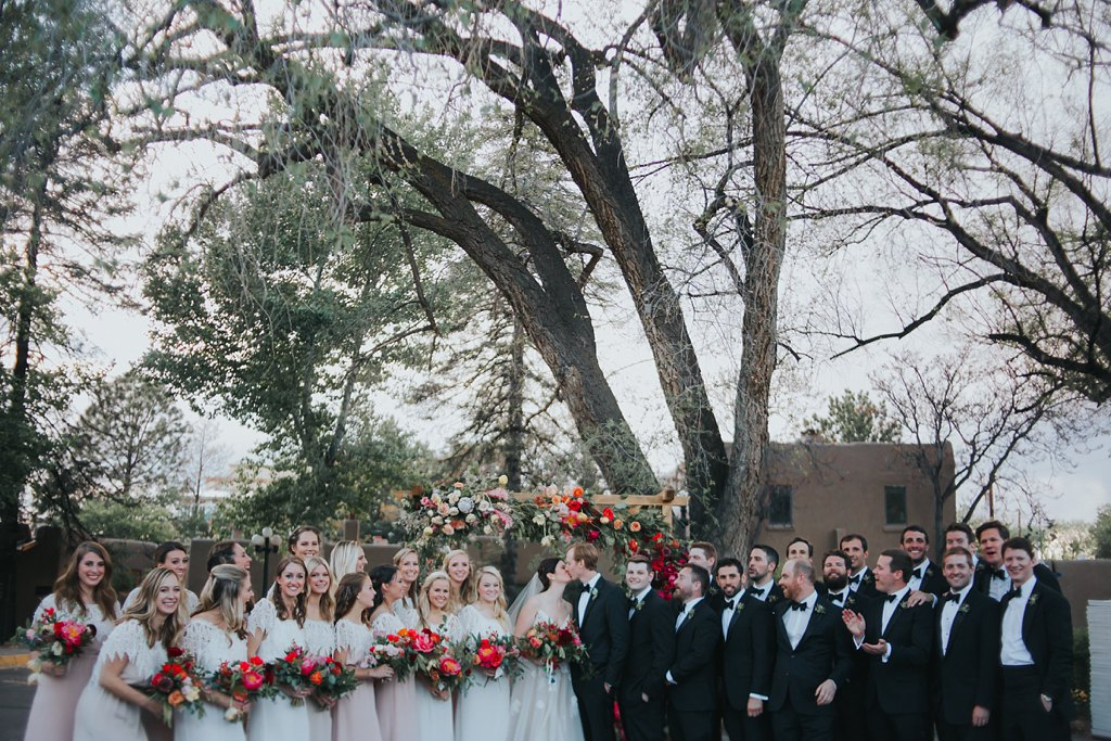 Alicia+lucia+photography+-+albuquerque+wedding+photographer+-+santa+fe+wedding+photography+-+new+mexico+wedding+photographer+-+new+mexico+wedding+-+wedding+party+-+big+wedding+-+wedding+inspo_0046.jpg