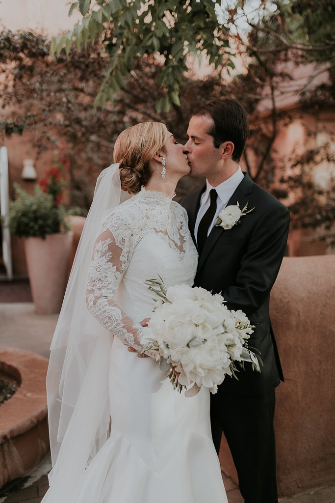 Alicia+lucia+photography+-+albuquerque+wedding+photographer+-+santa+fe+wedding+photography+-+new+mexico+wedding+photographer+-+new+mexico+wedding+-+wedding+party+-+big+wedding+-+wedding+inspo_0052.jpg