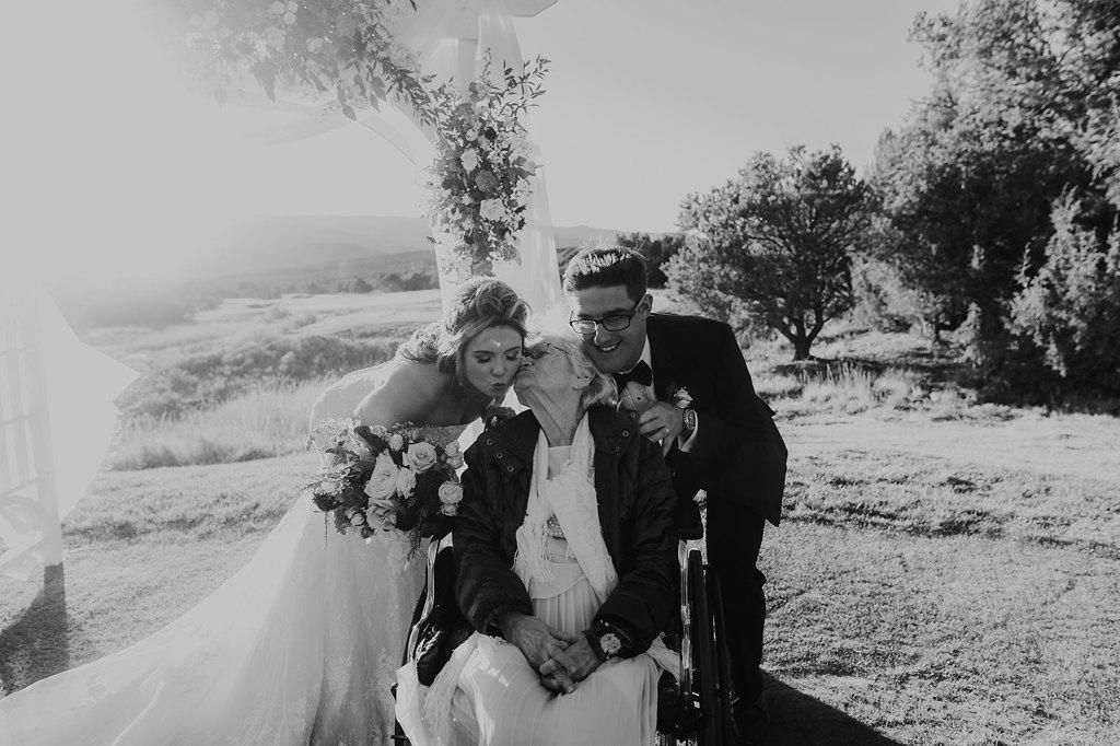 Alicia+lucia+photography+-+albuquerque+wedding+photographer+-+santa+fe+wedding+photography+-+new+mexico+wedding+photographer+-+new+mexico+wedding+-+paa+ko+ridge+wedding+-+fall+wedding+-+sandia+mountain+wedding_0050.jpg