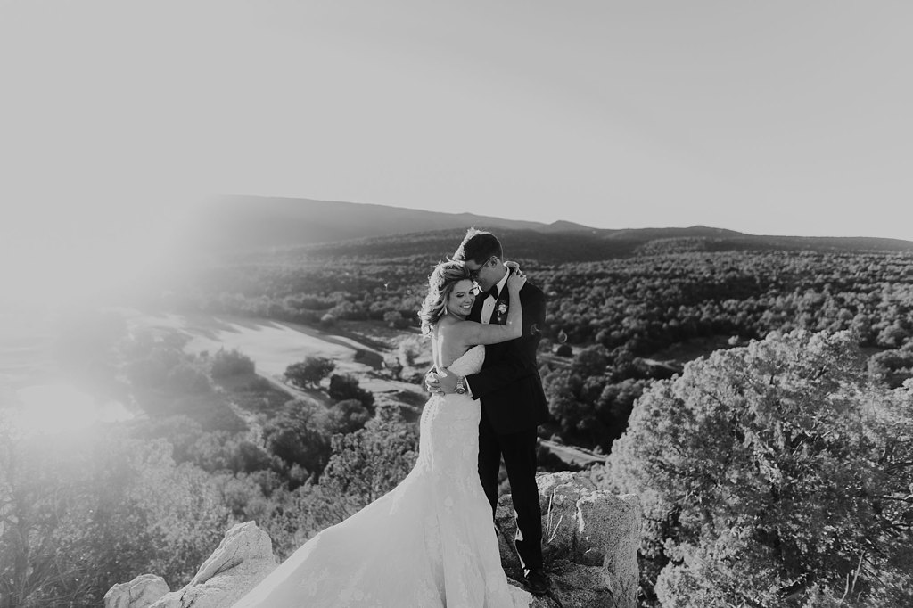 Alicia+lucia+photography+-+albuquerque+wedding+photographer+-+santa+fe+wedding+photography+-+new+mexico+wedding+photographer+-+new+mexico+wedding+-+paa+ko+ridge+wedding+-+fall+wedding+-+sandia+mountain+wedding_0070.jpg