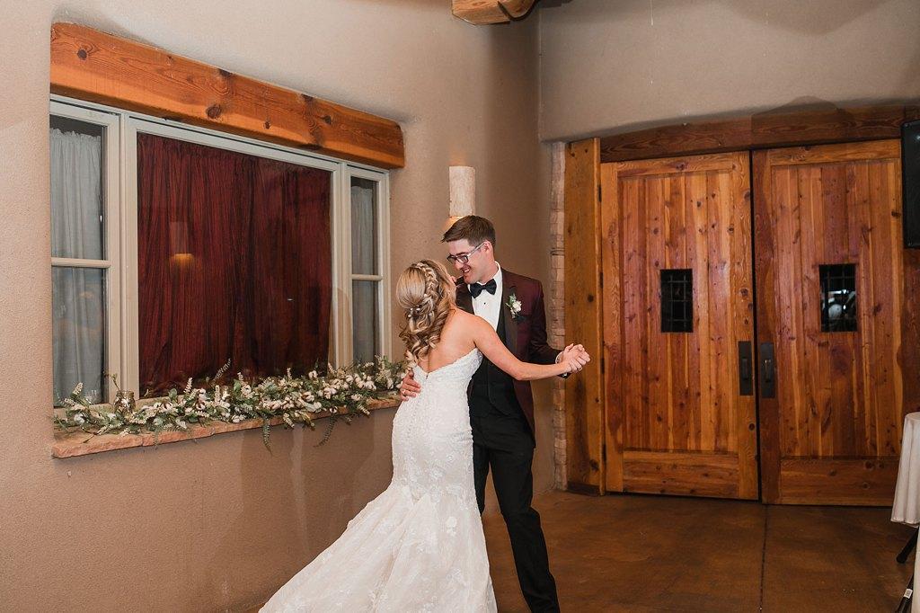 Alicia+lucia+photography+-+albuquerque+wedding+photographer+-+santa+fe+wedding+photography+-+new+mexico+wedding+photographer+-+new+mexico+wedding+-+paa+ko+ridge+wedding+-+fall+wedding+-+sandia+mountain+wedding_0112.jpg