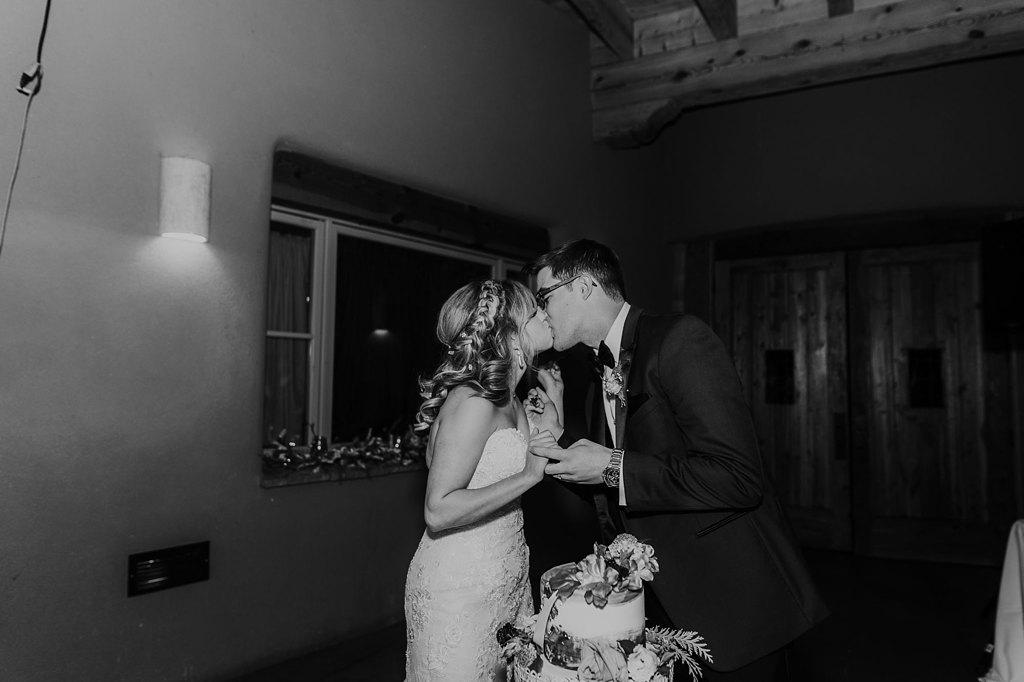 Alicia+lucia+photography+-+albuquerque+wedding+photographer+-+santa+fe+wedding+photography+-+new+mexico+wedding+photographer+-+new+mexico+wedding+-+paa+ko+ridge+wedding+-+fall+wedding+-+sandia+mountain+wedding_0116.jpg
