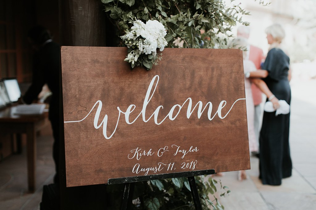 Alicia+lucia+photography+-+albuquerque+wedding+photographer+-+santa+fe+wedding+photography+-+new+mexico+wedding+photographer+-+new+mexico+wedding+-+wedding+signage+-+wedding+inspo_0032.jpg