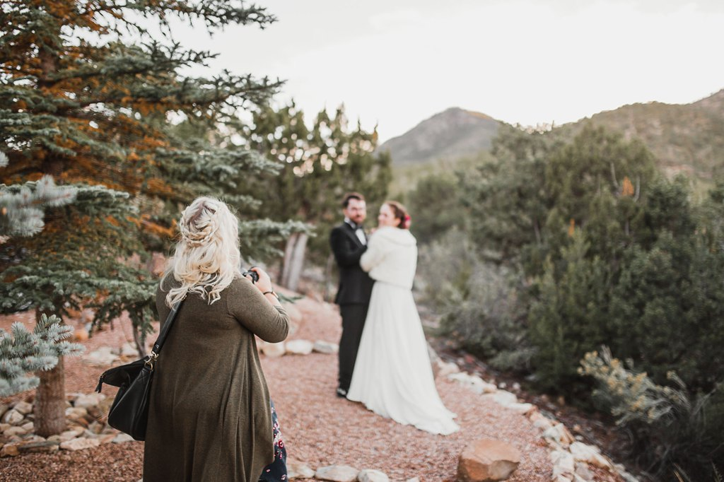 Alicia+lucia+photography+-+albuquerque+wedding+photographer+-+santa+fe+wedding+photography+-+new+mexico+wedding+photographer+-+new+mexico+wedding+-+wedding+photographer+-+wedding+behind+the+scenes+-+wedding+photography+team_0010.jpg