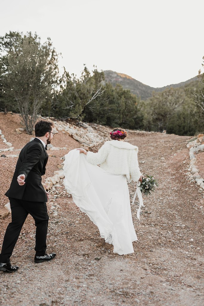 Alicia+lucia+photography+-+albuquerque+wedding+photographer+-+santa+fe+wedding+photography+-+new+mexico+wedding+photographer+-+new+mexico+wedding+-+winter+wedding+-+winter+wedding+gowns_0089.jpg