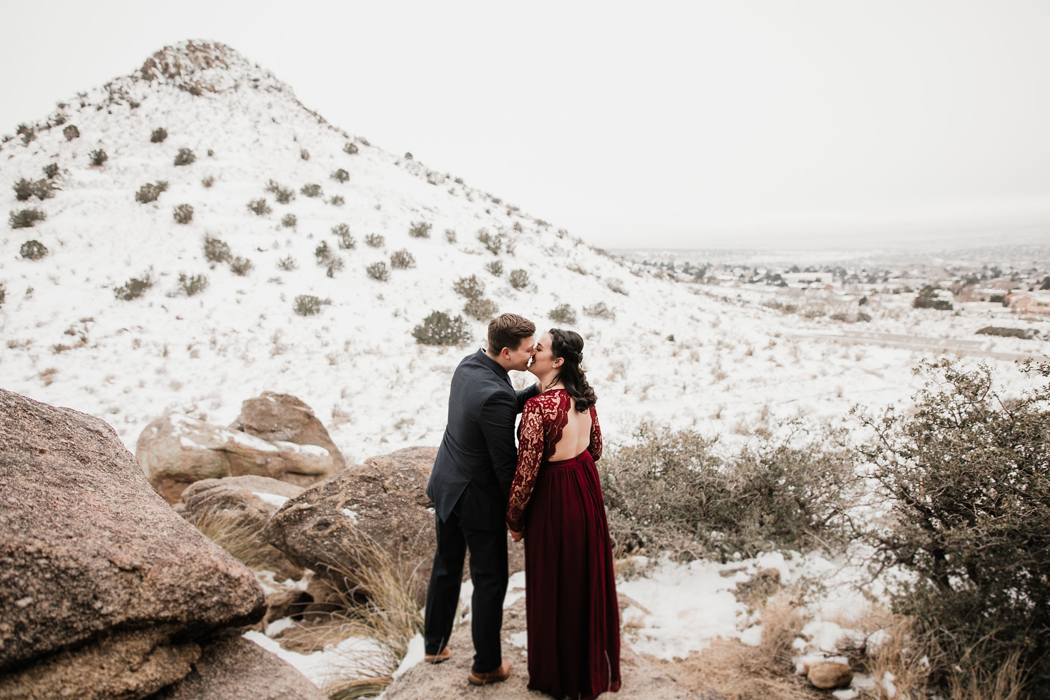 Alicia+lucia+photography+-+albuquerque+wedding+photographer+-+santa+fe+wedding+photography+-+new+mexico+wedding+photographer+-+new+mexico+wedding+-+engagement+-+albuquerque+engagement+-+winter+engagement+-+hyatt+tamaya+wedding_0009.jpg