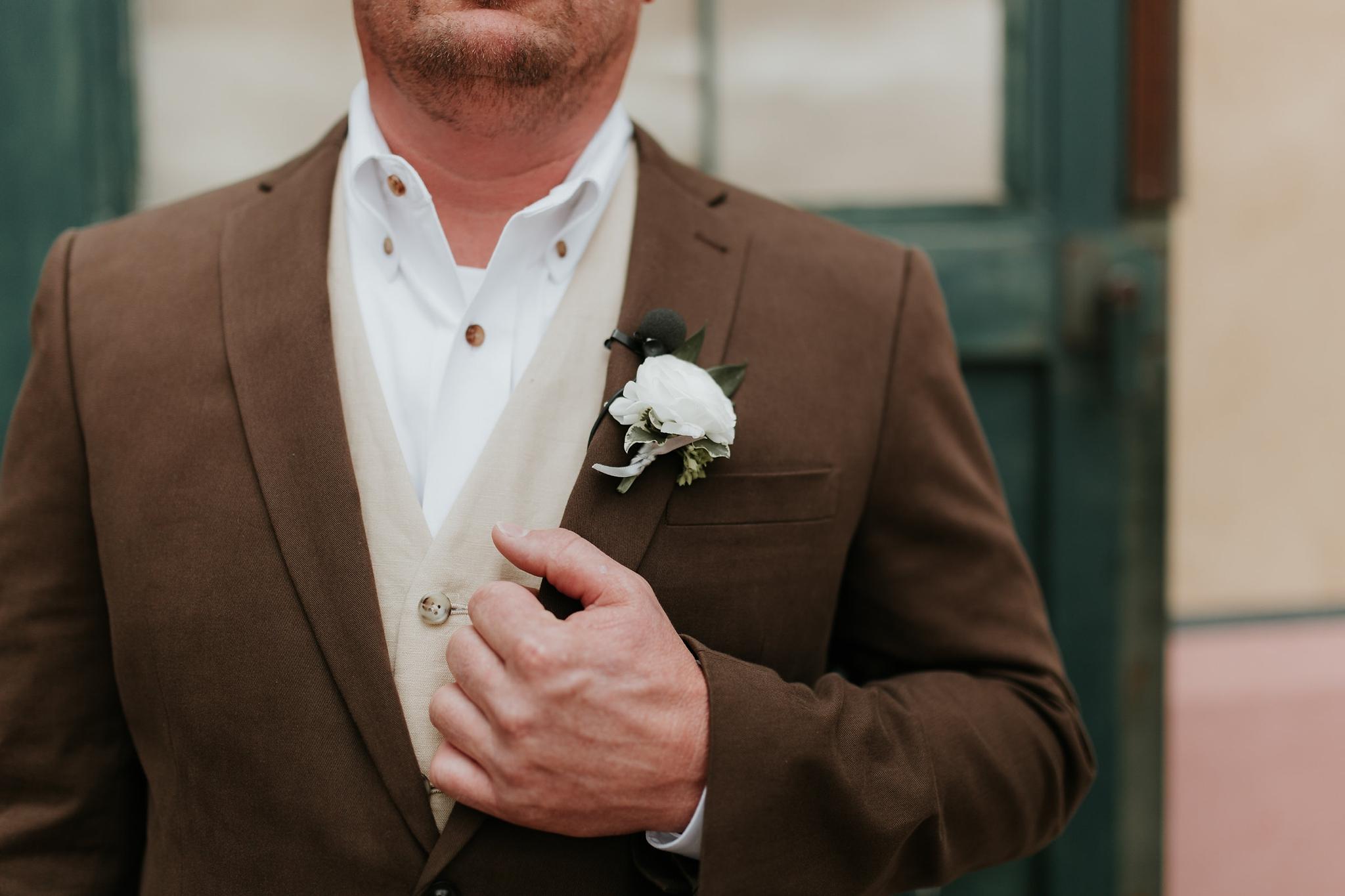 Alicia+lucia+photography+-+albuquerque+wedding+photographer+-+santa+fe+wedding+photography+-+new+mexico+wedding+photographer+-+new+mexico+wedding+-+wedding+-+groom+-+groom+style+-+wedding+style_0100.jpg