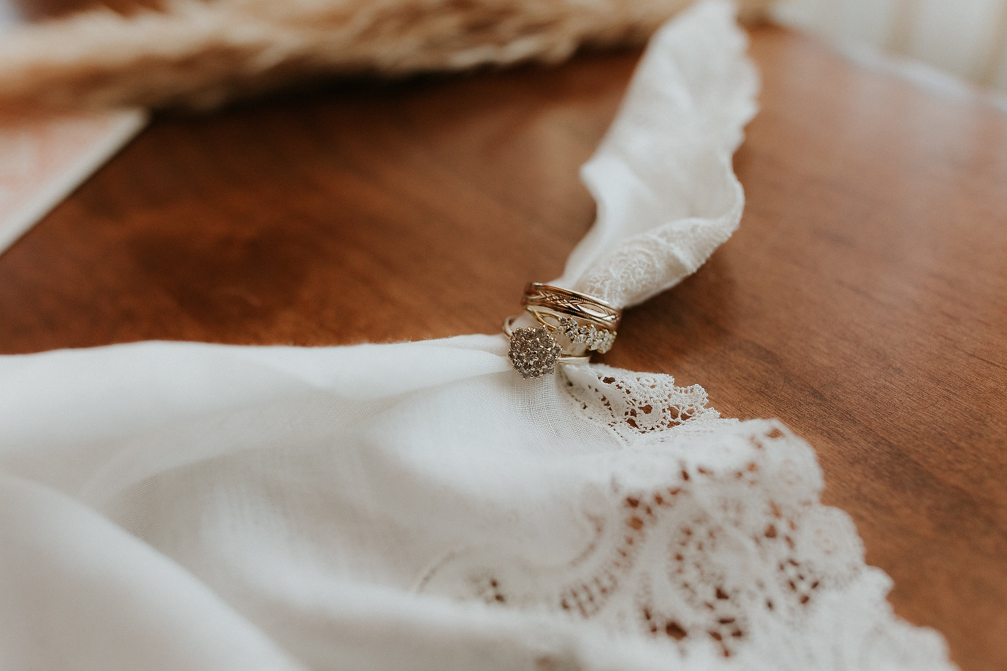 Alicia+lucia+photography+-+albuquerque+wedding+photographer+-+santa+fe+wedding+photography+-+new+mexico+wedding+photographer+-+new+mexico+wedding+-+santa+fe+wedding+-+albuquerque+wedding+-+wedding+rings+-+engagement+rings_0005.jpg