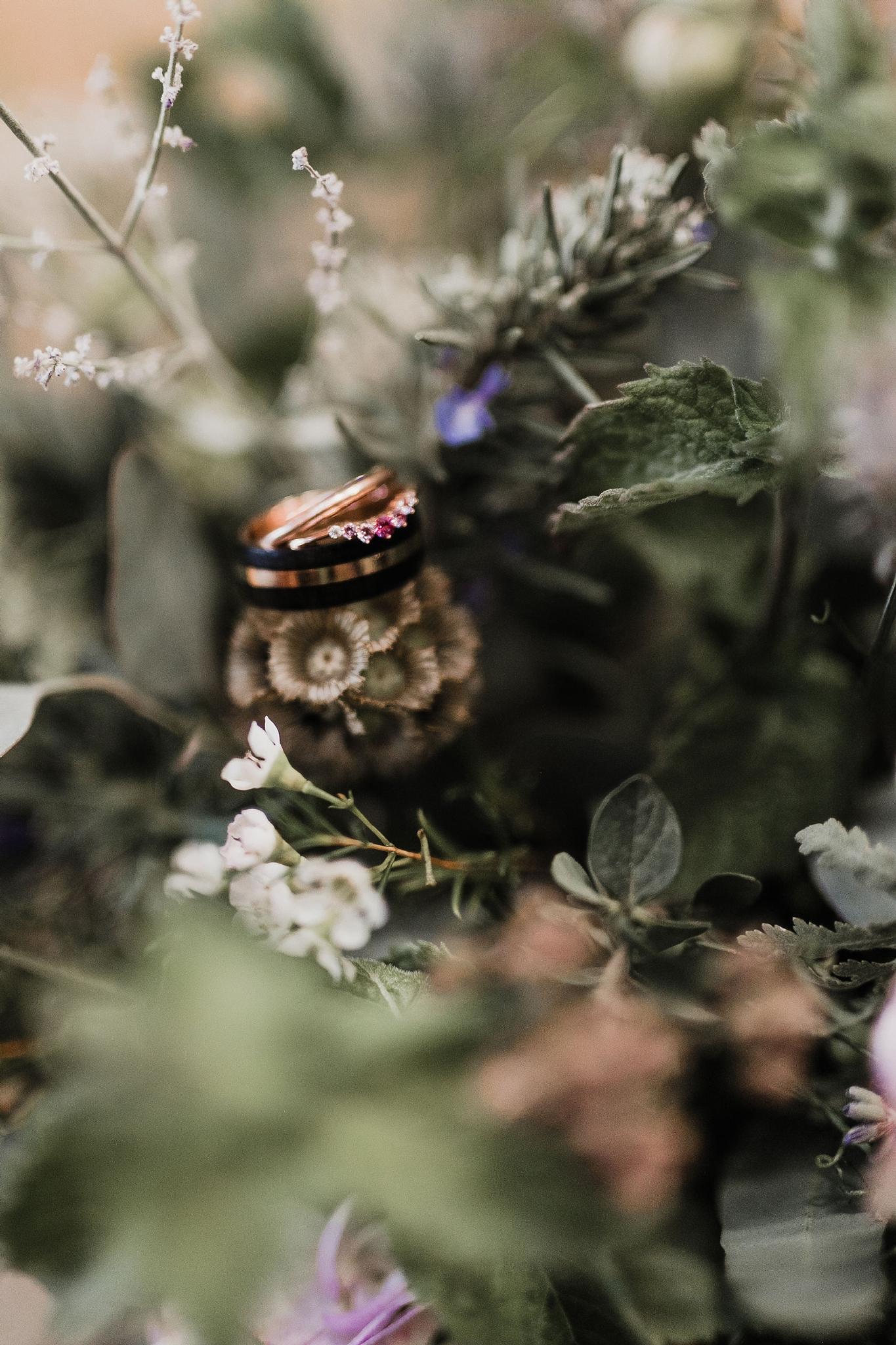 Alicia+lucia+photography+-+albuquerque+wedding+photographer+-+santa+fe+wedding+photography+-+new+mexico+wedding+photographer+-+new+mexico+wedding+-+santa+fe+wedding+-+albuquerque+wedding+-+wedding+rings+-+engagement+rings_0022.jpg