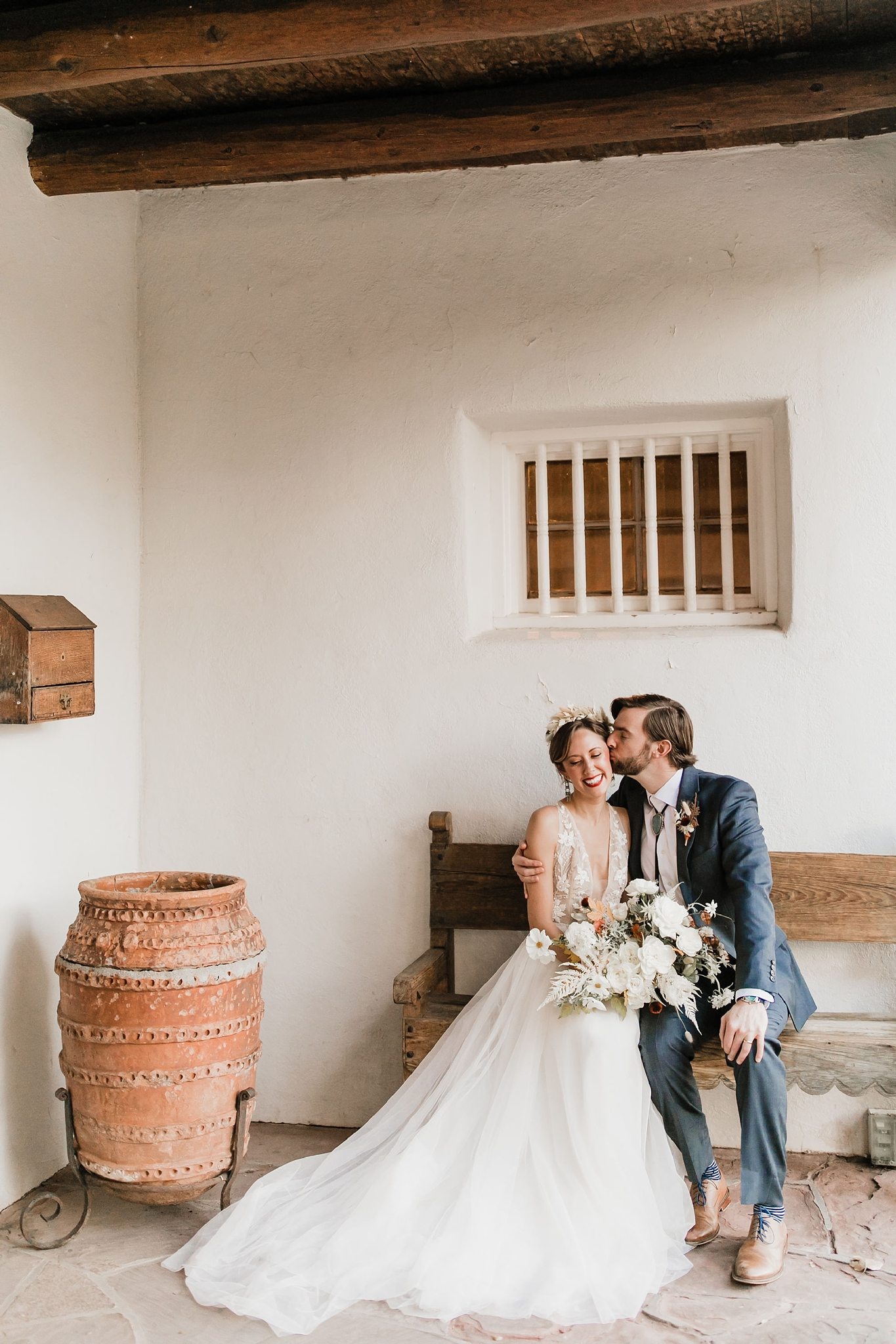 Alicia+lucia+photography+-+albuquerque+wedding+photographer+-+santa+fe+wedding+photography+-+new+mexico+wedding+photographer+-+new+mexico+wedding+-+albuquerque+wedding+-+rocky+mountain+bride+-+los+poblanos+wedding_0084.jpg