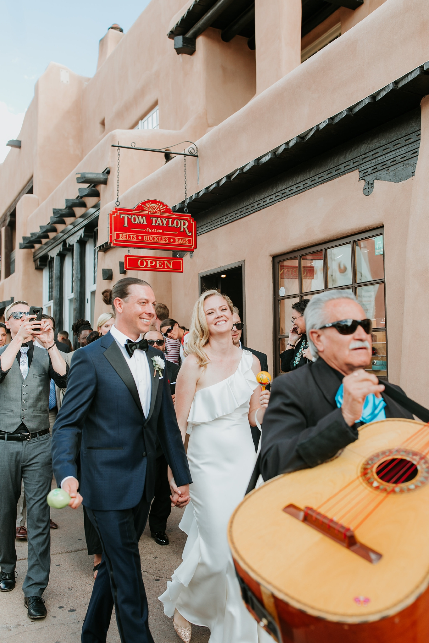 Alicia+lucia+photography+-+albuquerque+wedding+photographer+-+santa+fe+wedding+photography+-+new+mexico+wedding+photographer+-+new+mexico+wedding+-+santa+fe+wedding+-+albuquerque+wedding+-+southwest+wedding+traditions_0070.jpg