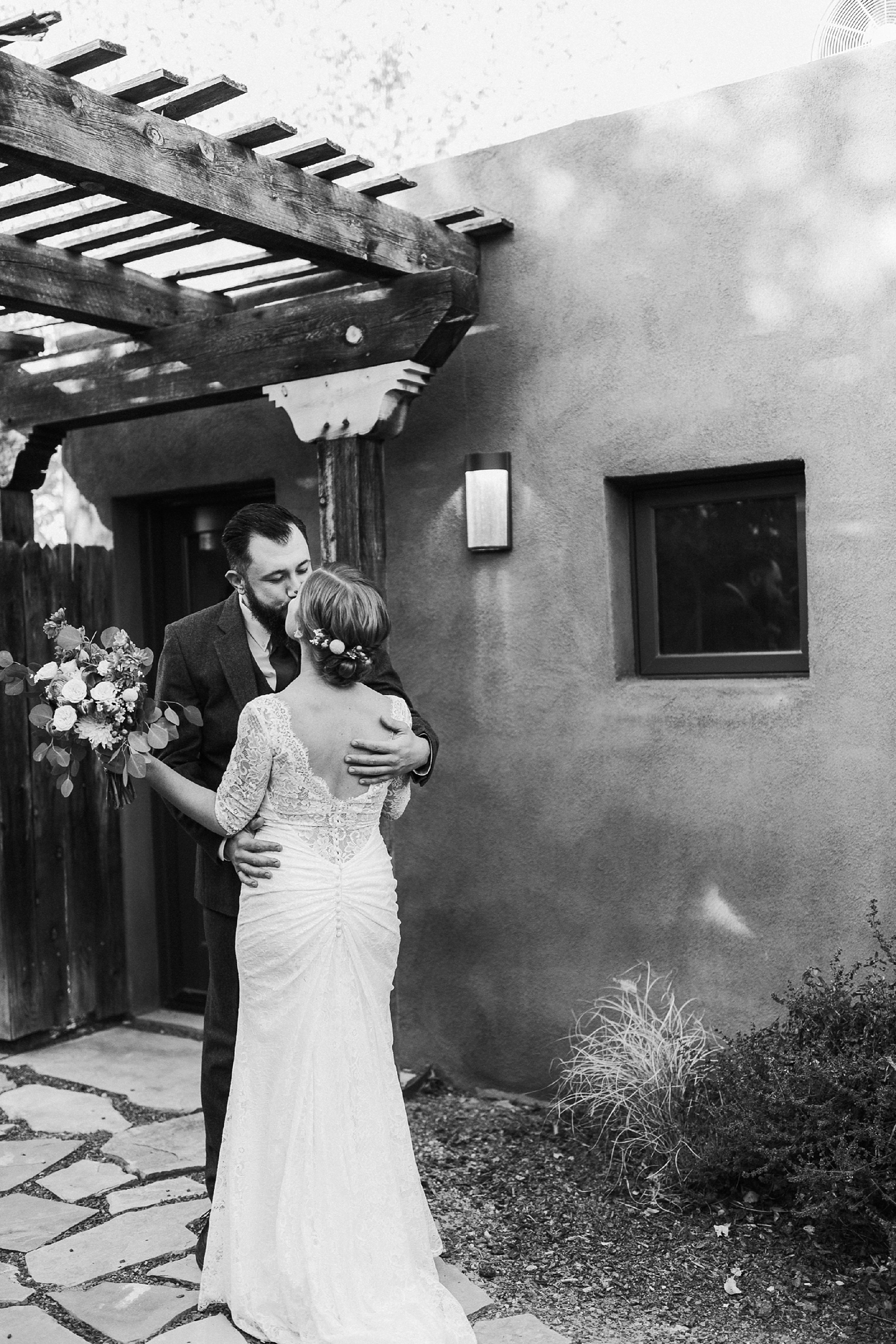 Alicia+lucia+photography+-+albuquerque+wedding+photographer+-+santa+fe+wedding+photography+-+new+mexico+wedding+photographer+-+albuquerque+wedding+-+sarabande+bed+breakfast+-+bed+and+breakfast+wedding_0025.jpg