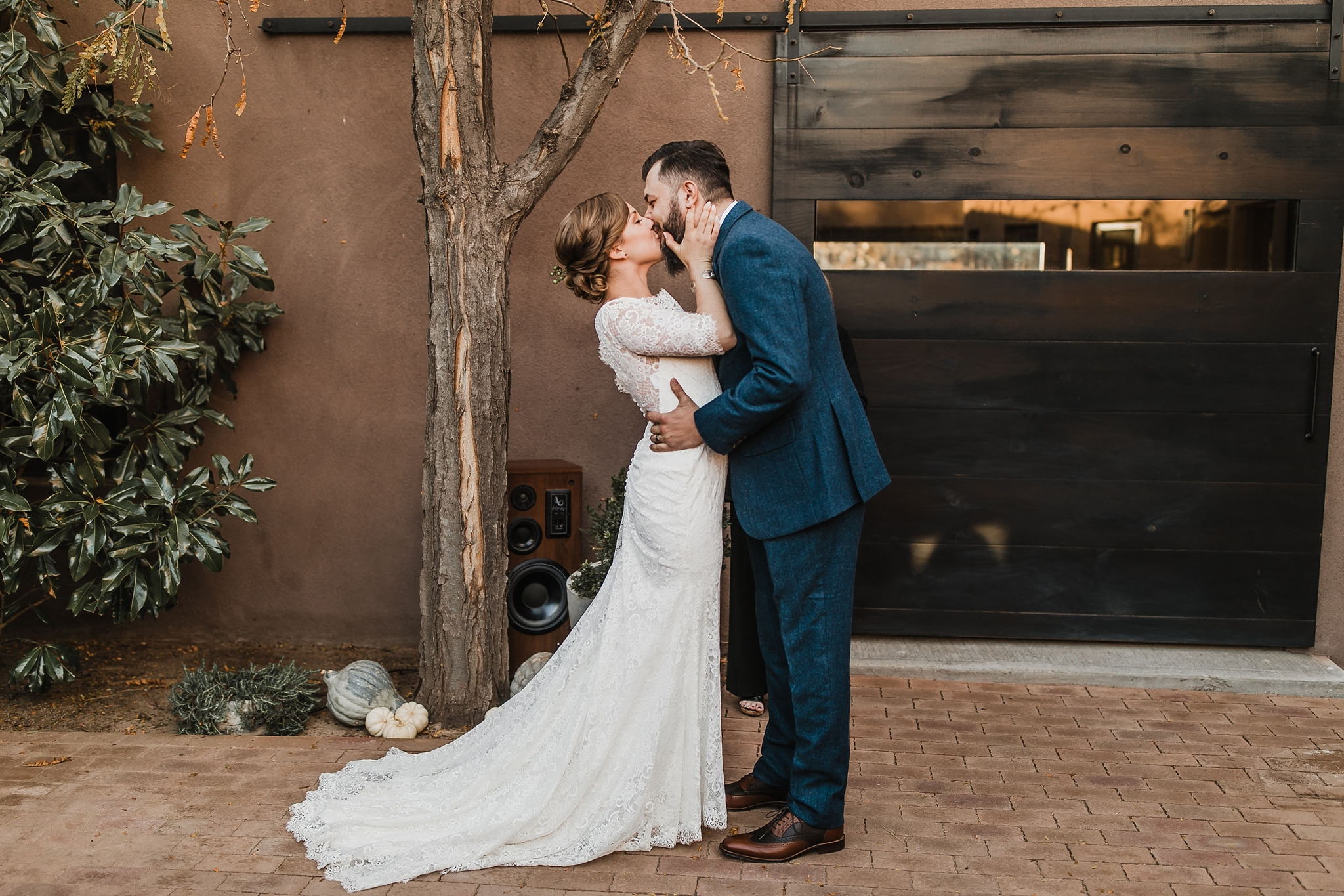 Alicia+lucia+photography+-+albuquerque+wedding+photographer+-+santa+fe+wedding+photography+-+new+mexico+wedding+photographer+-+albuquerque+wedding+-+sarabande+bed+breakfast+-+bed+and+breakfast+wedding_0058.jpg