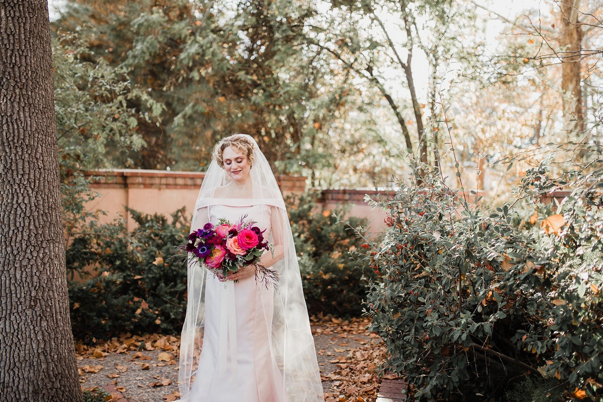 Alicia+lucia+photography+-+albuquerque+wedding+photographer+-+santa+fe+wedding+photography+-+new+mexico+wedding+photographer+-+albuquerque+wedding+-+santa+fe+wedding+-+wedding+gowns+-+non+traditional+wedding+gowns_0016.jpg