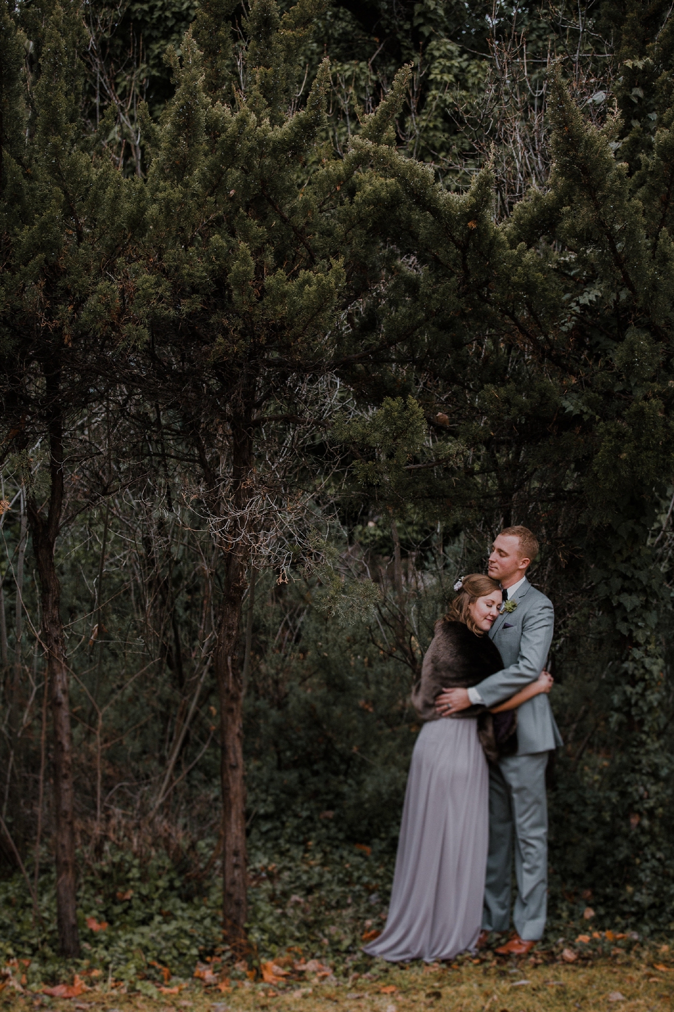 Alicia+lucia+photography+-+albuquerque+wedding+photographer+-+santa+fe+wedding+photography+-+new+mexico+wedding+photographer+-+albuquerque+wedding+-+santa+fe+wedding+-+wedding+gowns+-+non+traditional+wedding+gowns_0051.jpg