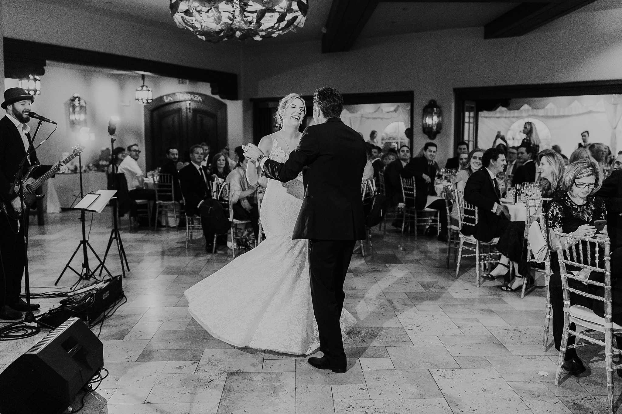Alicia+lucia+photography+-+albuquerque+wedding+photographer+-+santa+fe+wedding+photography+-+new+mexico+wedding+photographer+-+new+mexico+wedding+dj+-+new+mexico+wedding+band+-+wedding+music_0004.jpg