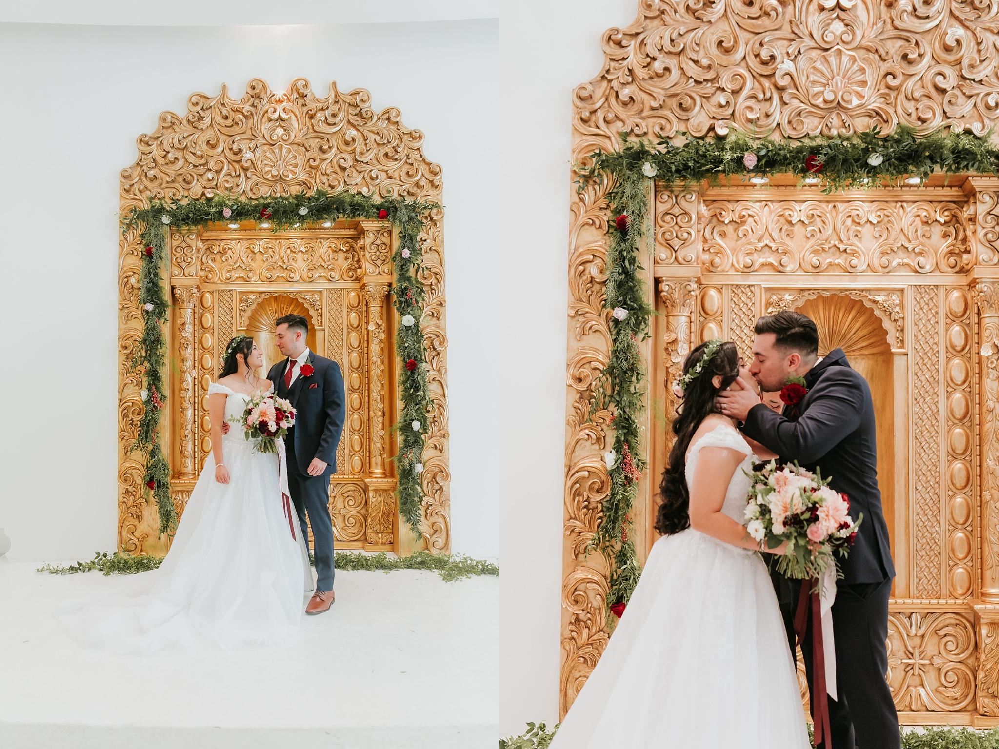 Alicia+lucia+photography+-+albuquerque+wedding+photographer+-+santa+fe+wedding+photography+-+new+mexico+wedding+photographer+-+wedding+ceremony+-+wedding+alter+-+floral+alter_0013.jpg