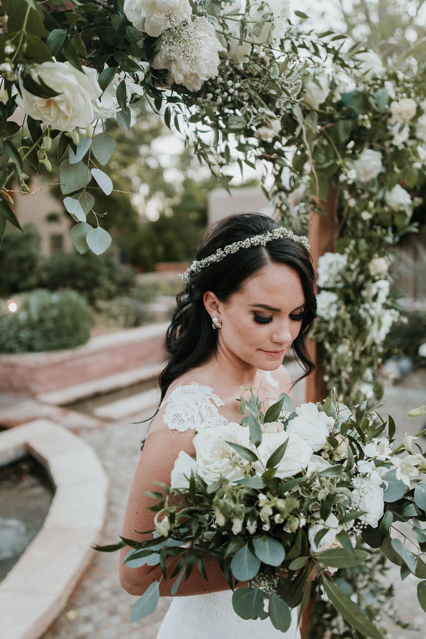 Alicia+lucia+photography+-+albuquerque+wedding+photographer+-+santa+fe+wedding+photography+-+new+mexico+wedding+photographer+-+wedding+ceremony+-+wedding+alter+-+floral+alter_0017.jpg