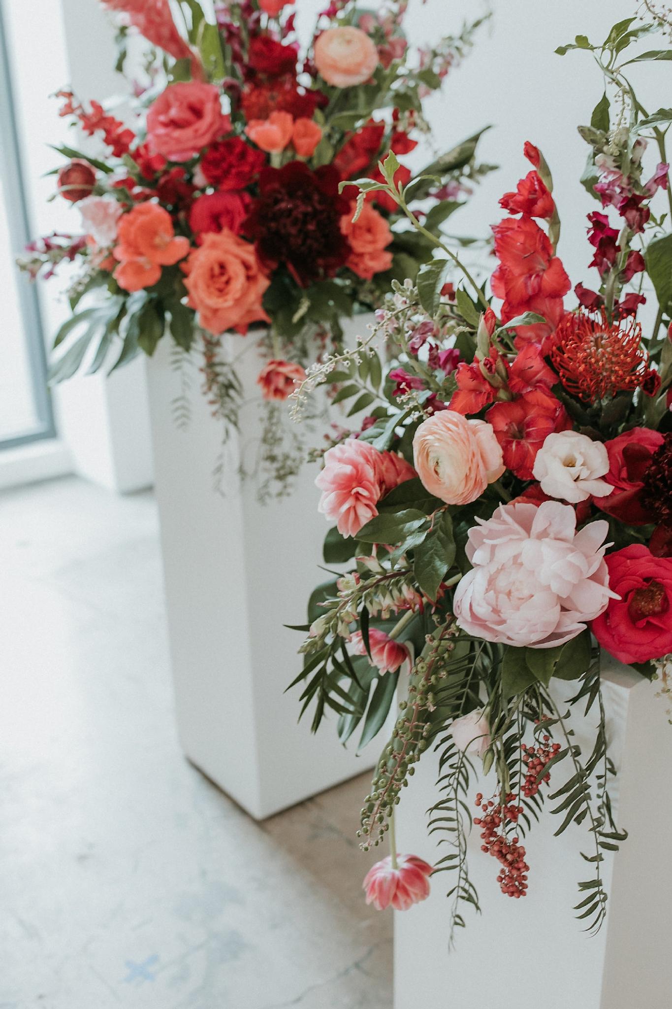 Alicia+lucia+photography+-+albuquerque+wedding+photographer+-+santa+fe+wedding+photography+-+new+mexico+wedding+photographer+-+wedding+ceremony+-+wedding+alter+-+floral+alter_0030.jpg