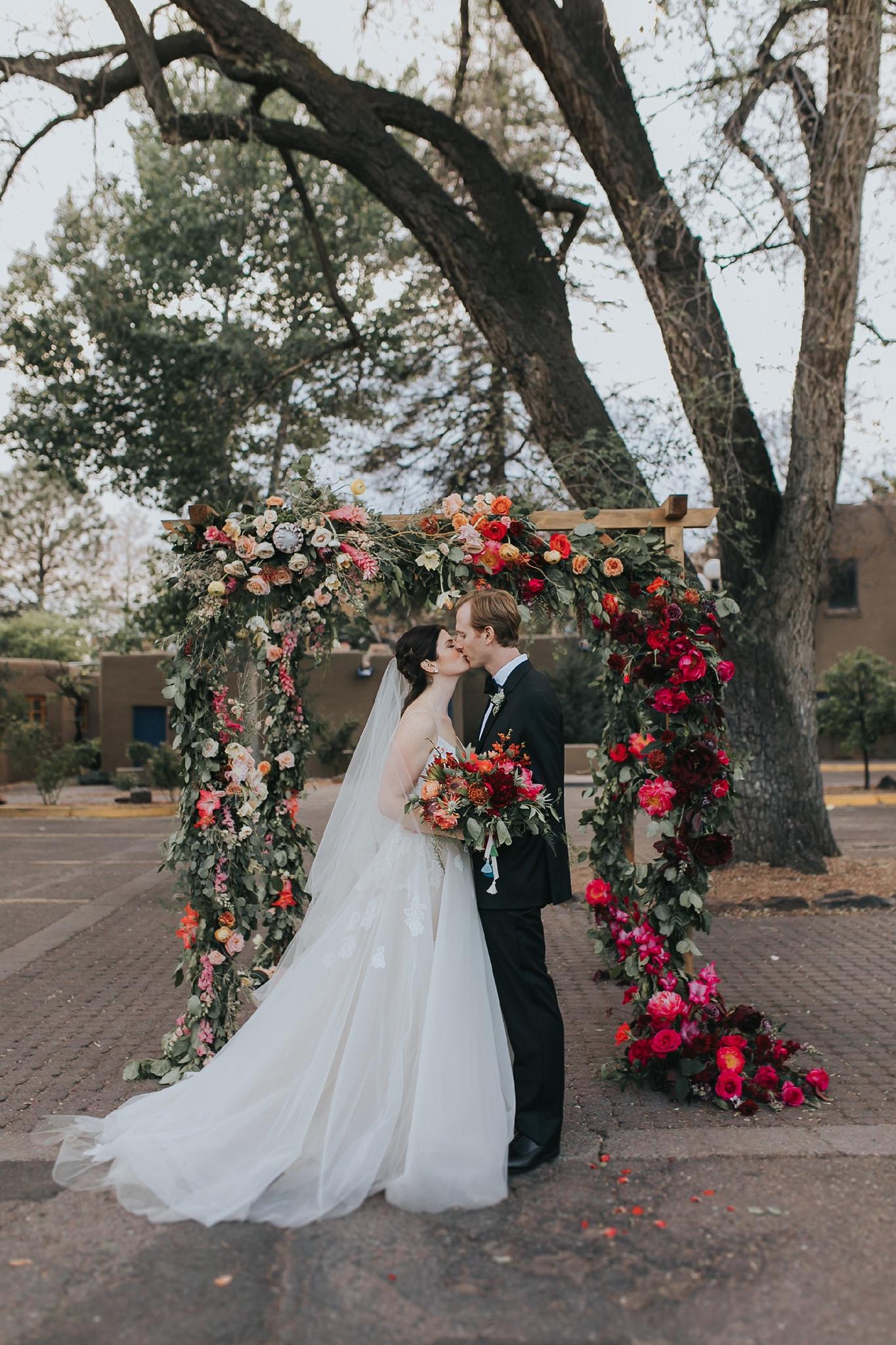 Alicia+lucia+photography+-+albuquerque+wedding+photographer+-+santa+fe+wedding+photography+-+new+mexico+wedding+photographer+-+wedding+ceremony+-+wedding+alter+-+floral+alter_0047.jpg