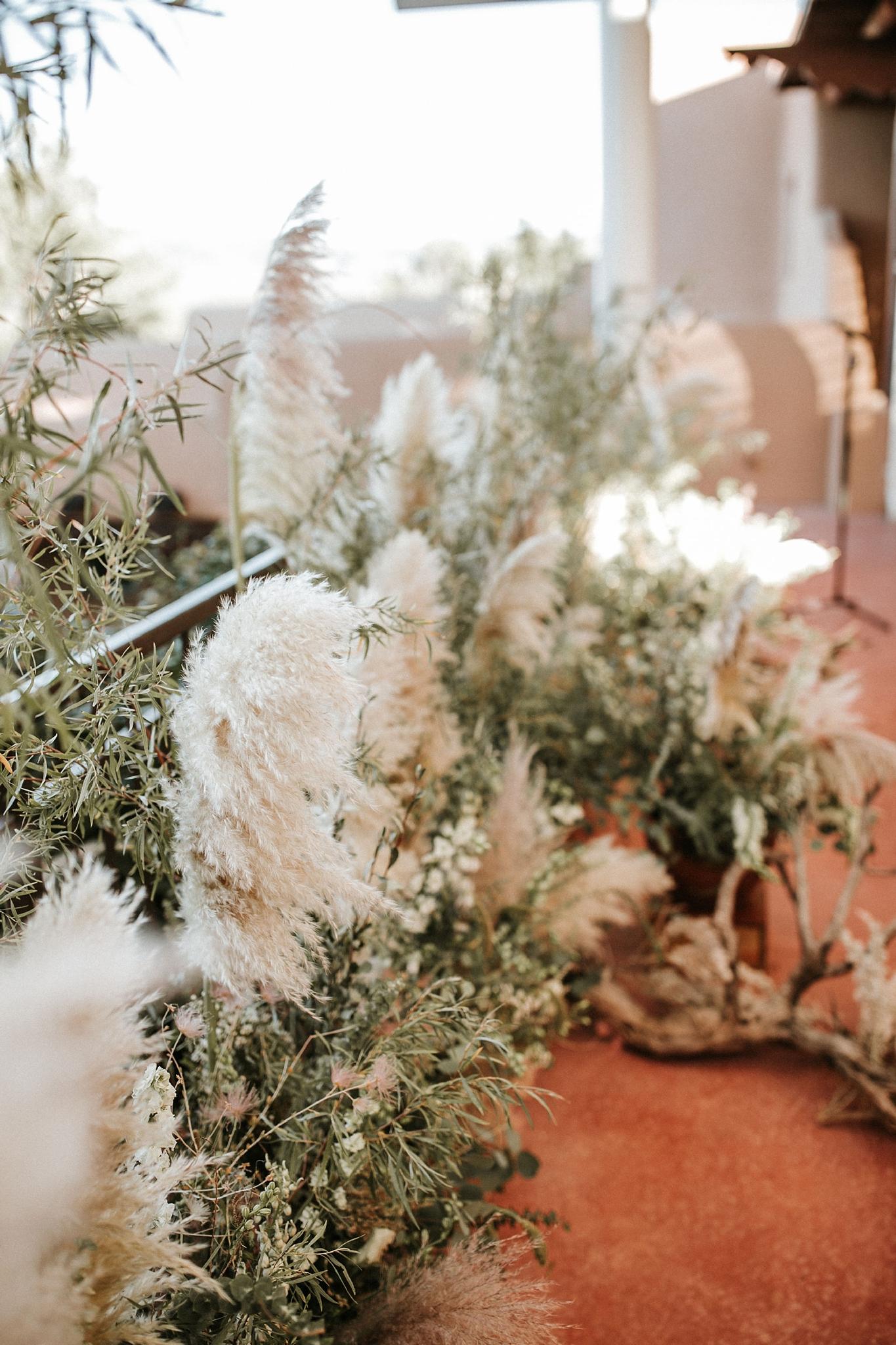 Alicia+lucia+photography+-+albuquerque+wedding+photographer+-+santa+fe+wedding+photography+-+new+mexico+wedding+photographer+-+wedding+ceremony+-+wedding+alter+-+floral+alter_0053.jpg