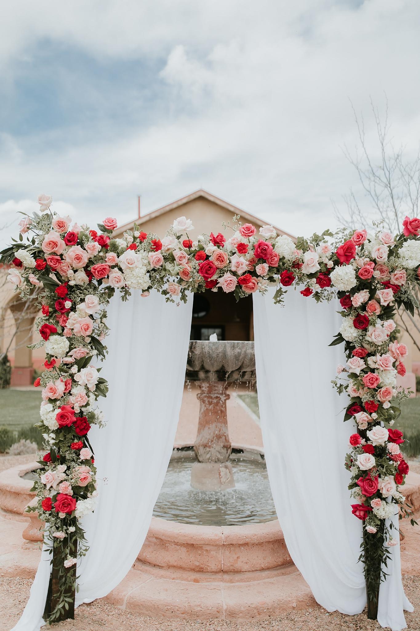 Alicia+lucia+photography+-+albuquerque+wedding+photographer+-+santa+fe+wedding+photography+-+new+mexico+wedding+photographer+-+wedding+ceremony+-+wedding+alter+-+floral+alter_0061.jpg