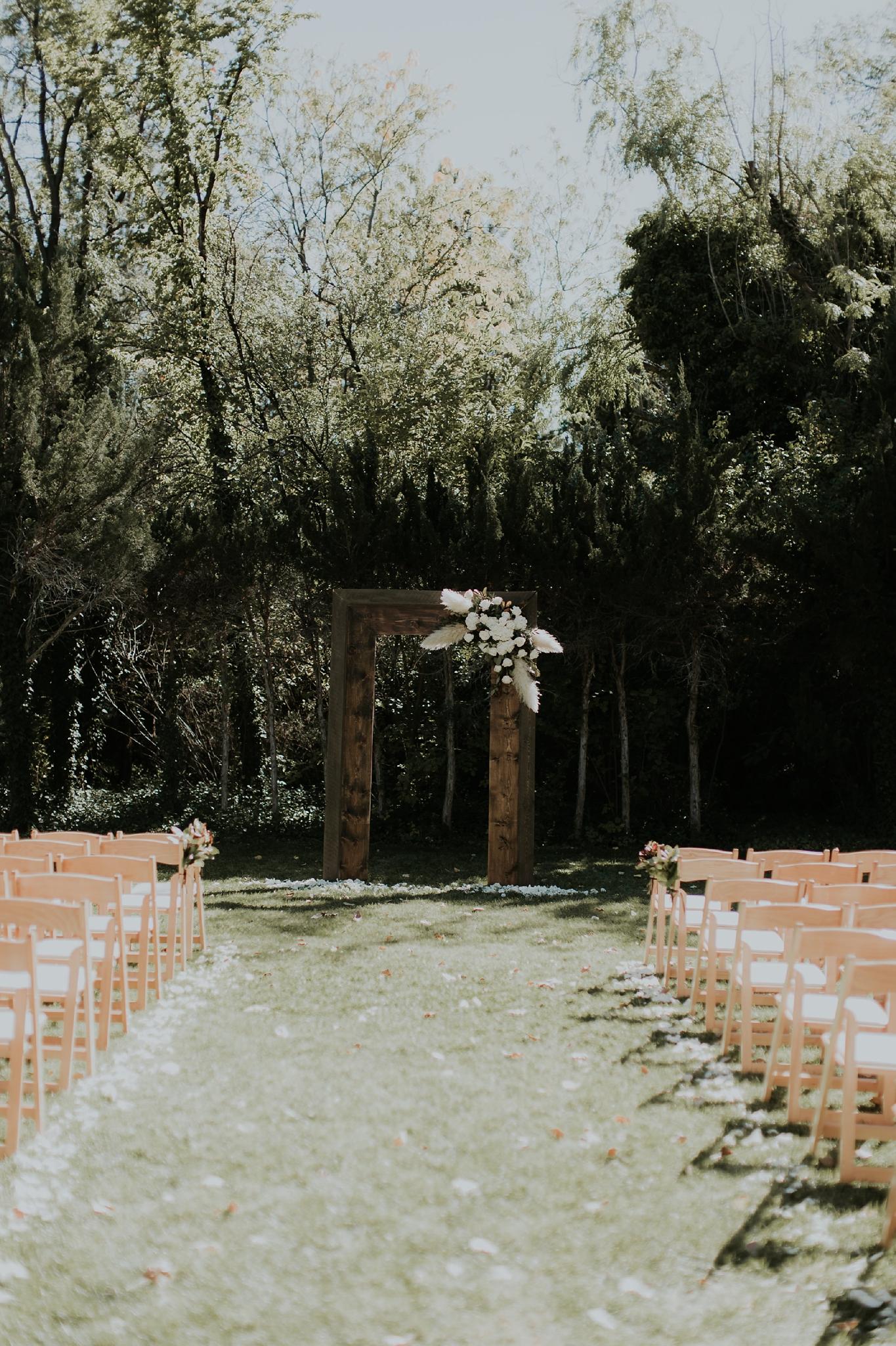 Alicia+lucia+photography+-+albuquerque+wedding+photographer+-+santa+fe+wedding+photography+-+new+mexico+wedding+photographer+-+wedding+ceremony+-+wedding+alter+-+floral+alter_0070.jpg