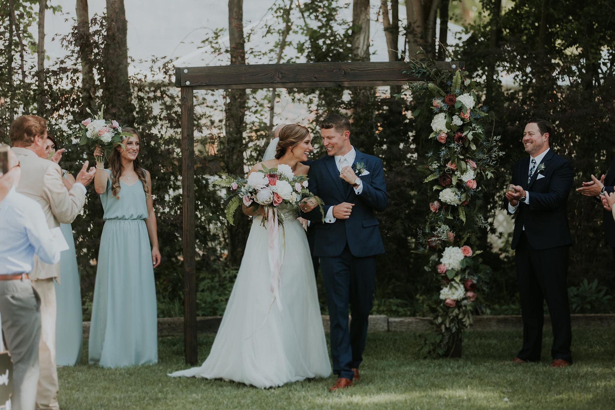 Alicia+lucia+photography+-+albuquerque+wedding+photographer+-+santa+fe+wedding+photography+-+new+mexico+wedding+photographer+-+wedding+ceremony+-+wedding+alter+-+floral+alter_0083.jpg
