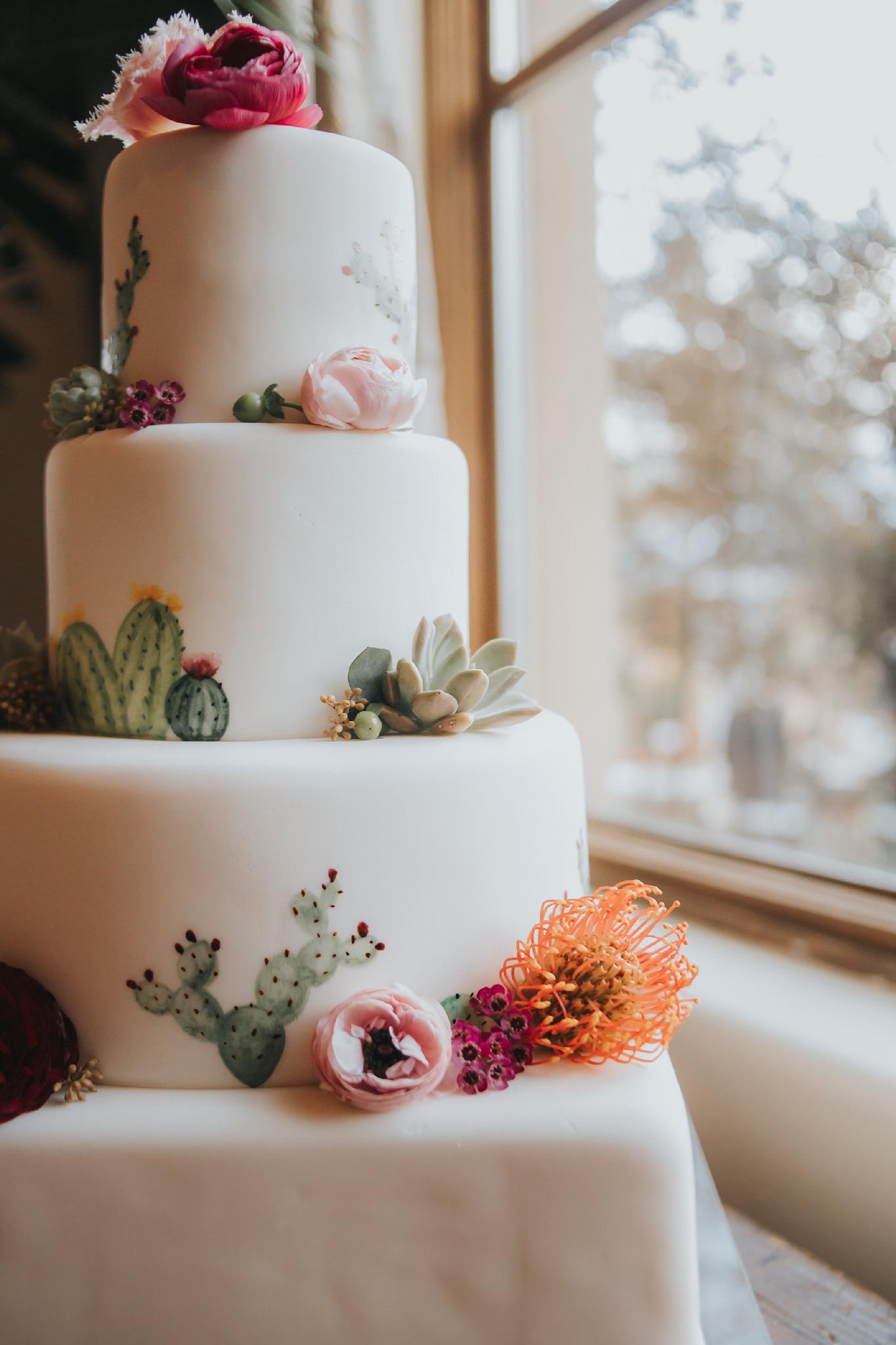 Alicia+lucia+photography+-+albuquerque+wedding+photographer+-+santa+fe+wedding+photography+-+new+mexico+wedding+photographer+-+wedding+reception+-+wedding+cake+-+wedding+sweets+-+maggies+cakes_0018.jpg