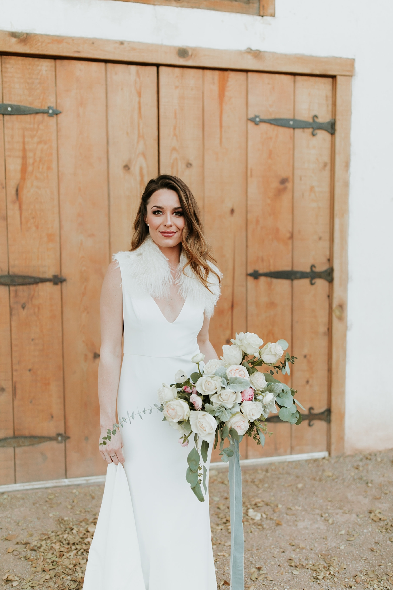 Alicia+lucia+photography+-+albuquerque+wedding+photographer+-+santa+fe+wedding+photography+-+new+mexico+wedding+photographer+-+bridal+shoot+-+styled+bridal+shoot+-+southwest+bride_0017.jpg