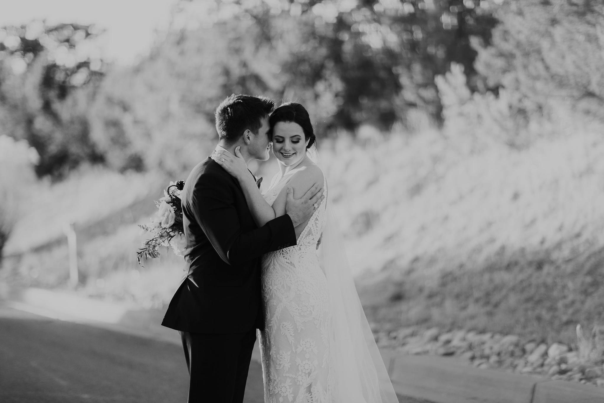Alicia+lucia+photography+-+albuquerque+wedding+photographer+-+santa+fe+wedding+photography+-+new+mexico+wedding+photographer+-+new+mexico+wedding+-+santa+fe+wedding+-+four+seasons+wedding+-+winter+wedding_0086.jpg