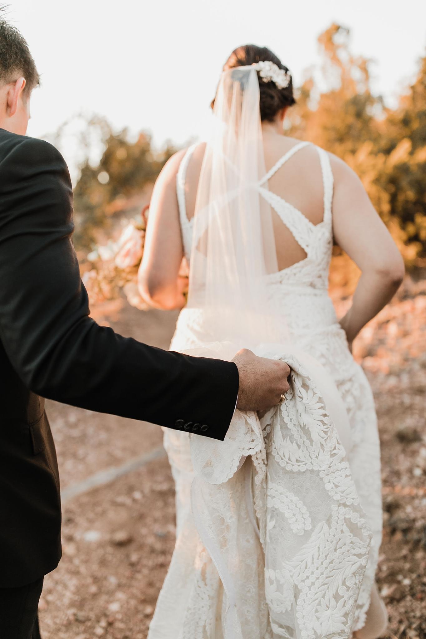 Alicia+lucia+photography+-+albuquerque+wedding+photographer+-+santa+fe+wedding+photography+-+new+mexico+wedding+photographer+-+new+mexico+wedding+-+santa+fe+wedding+-+four+seasons+wedding+-+winter+wedding_0090.jpg
