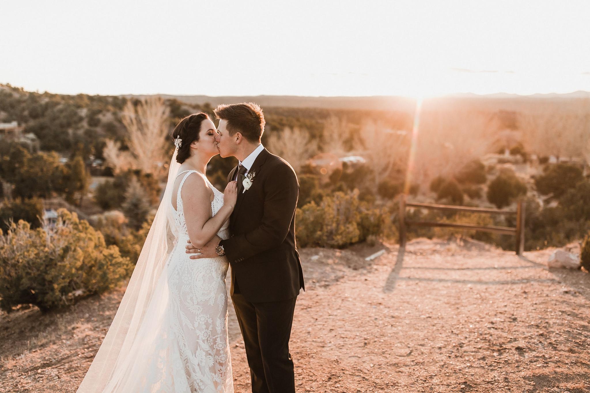 Alicia+lucia+photography+-+albuquerque+wedding+photographer+-+santa+fe+wedding+photography+-+new+mexico+wedding+photographer+-+new+mexico+wedding+-+santa+fe+wedding+-+four+seasons+wedding+-+winter+wedding_0095.jpg