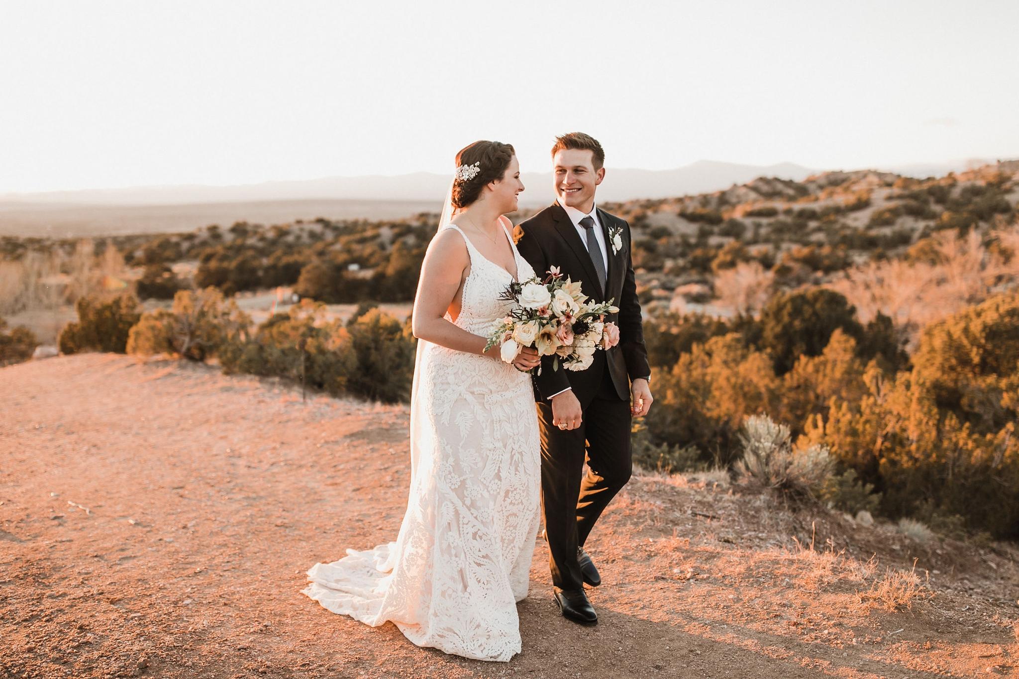 Alicia+lucia+photography+-+albuquerque+wedding+photographer+-+santa+fe+wedding+photography+-+new+mexico+wedding+photographer+-+new+mexico+wedding+-+santa+fe+wedding+-+four+seasons+wedding+-+winter+wedding_0100.jpg