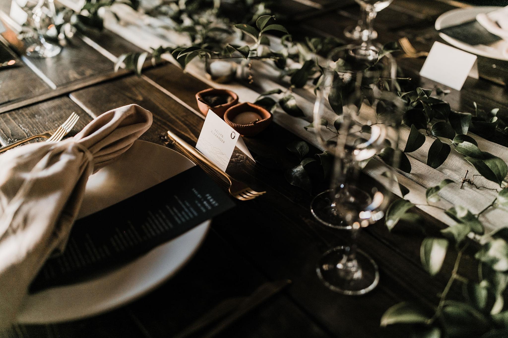 Alicia+lucia+photography+-+albuquerque+wedding+photographer+-+santa+fe+wedding+photography+-+new+mexico+wedding+photographer+-+new+mexico+wedding+-+santa+fe+wedding+-+four+seasons+wedding+-+winter+wedding_0114.jpg