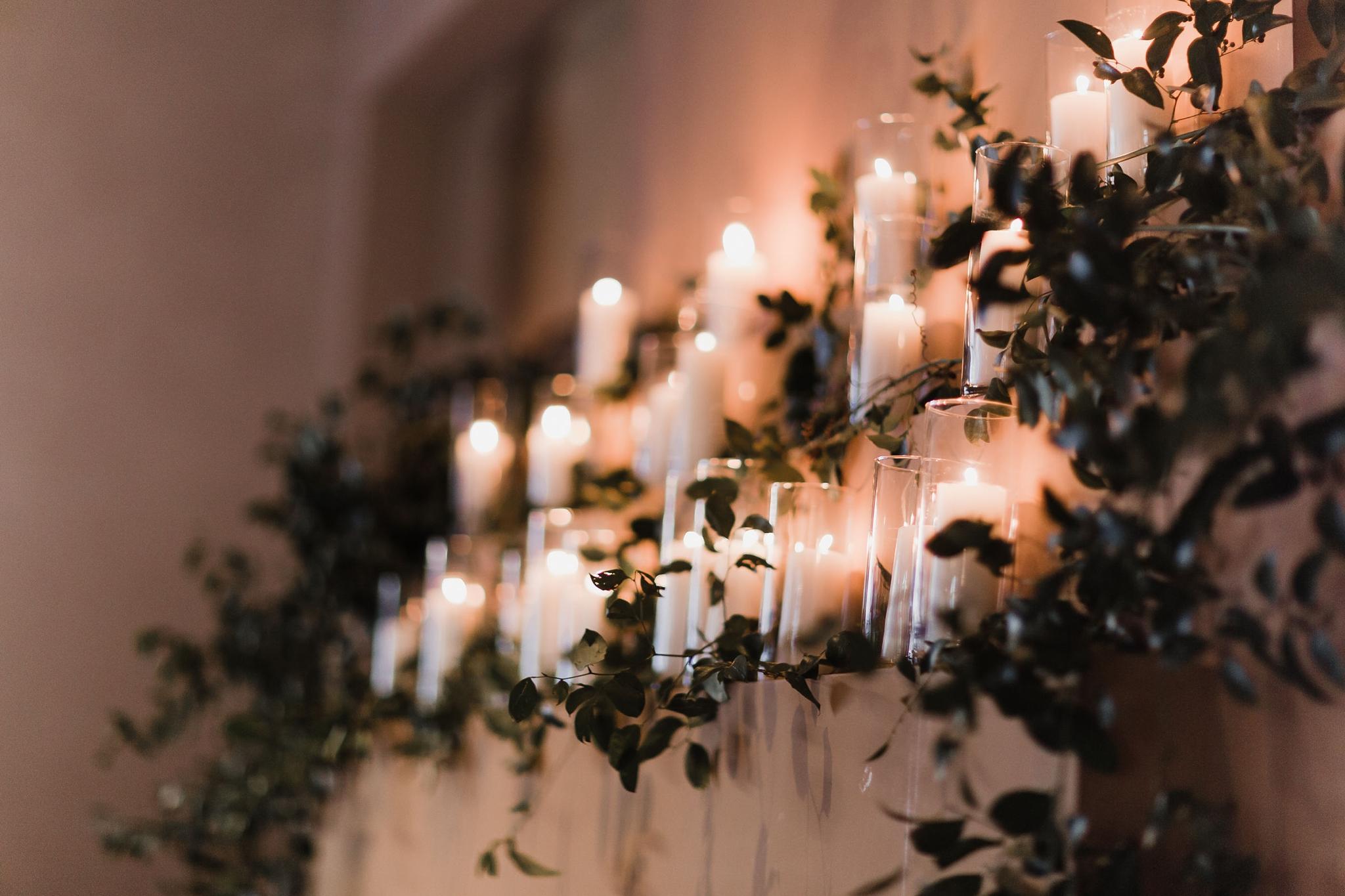 Alicia+lucia+photography+-+albuquerque+wedding+photographer+-+santa+fe+wedding+photography+-+new+mexico+wedding+photographer+-+new+mexico+wedding+-+santa+fe+wedding+-+four+seasons+wedding+-+winter+wedding_0122.jpg