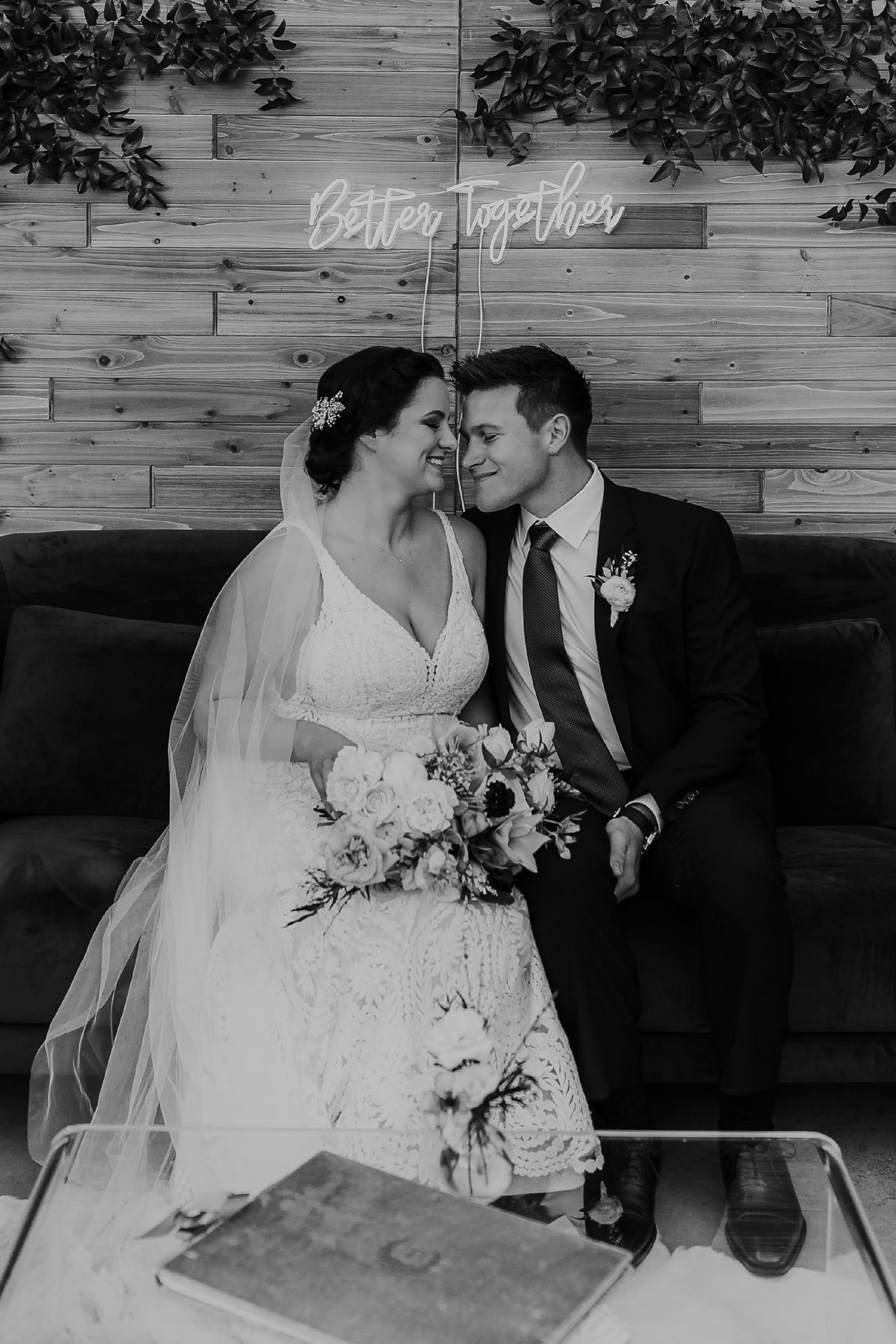 Alicia+lucia+photography+-+albuquerque+wedding+photographer+-+santa+fe+wedding+photography+-+new+mexico+wedding+photographer+-+new+mexico+wedding+-+santa+fe+wedding+-+four+seasons+wedding+-+winter+wedding_0135.jpg