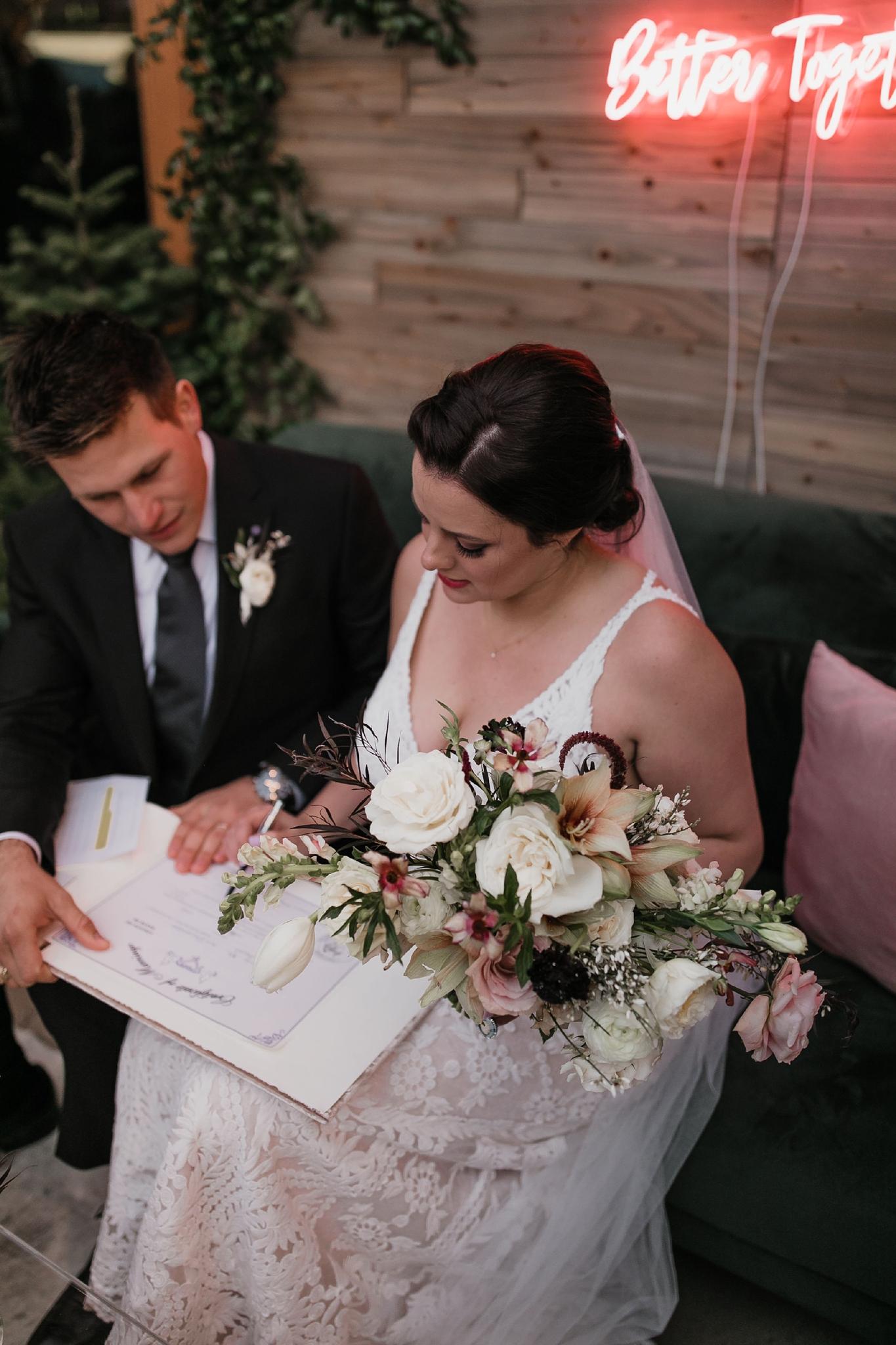 Alicia+lucia+photography+-+albuquerque+wedding+photographer+-+santa+fe+wedding+photography+-+new+mexico+wedding+photographer+-+new+mexico+wedding+-+santa+fe+wedding+-+four+seasons+wedding+-+winter+wedding_0136.jpg